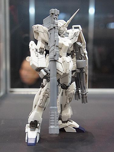 1/144 RX-0 ユニコーンガンダム ユニコーンモード(R.C.BERG & studio RECKLESS)