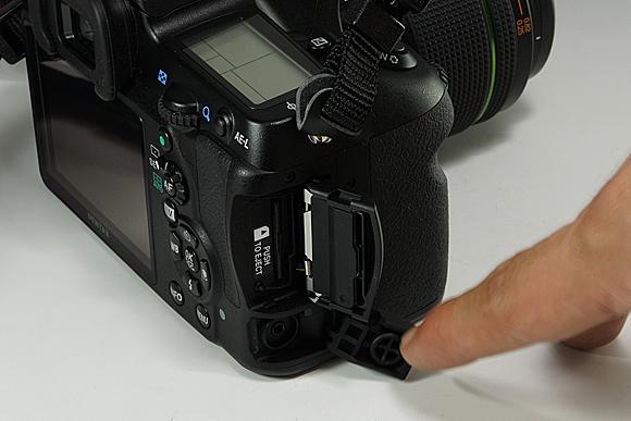 K-5外観:ペンタックスデジタル一眼レフカメラ「K-5」