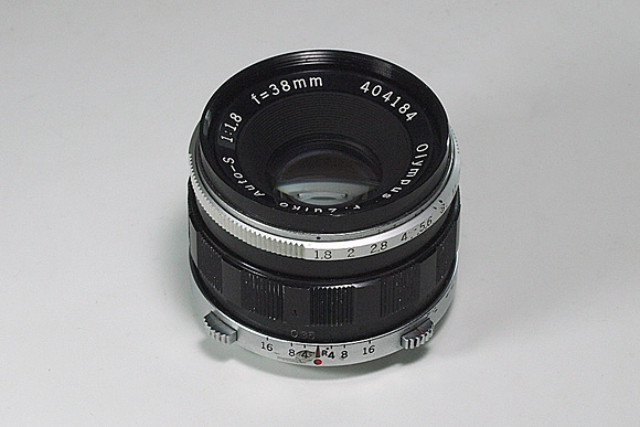OLYMPUSペンF用レンズ F.Zuiko Auto-S f1.8 38mm