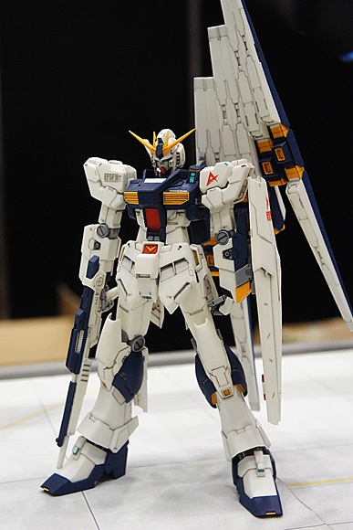 1/144 RX-93 νガンダム(R.C.BERG & studio RECKLESS)